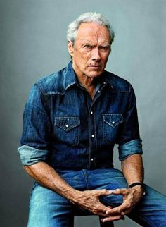 Portrait of Clint Eastwood by Martin Schoeller for GQ, 2010 Clint Eastwood, Eastwood Movies, Martin Schoeller, Image Cinema, Beautiful Men, Beautiful People, Tv Star, Foto Poster, Actrices Sexy