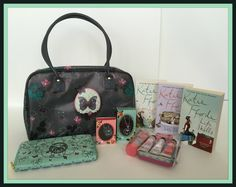 Suze likes, loves, finds and dreams: Giveaway: Decodelire Butterfly Bag, Wallet & Jewelry, L'Occitane Beauty Set & 3 Books