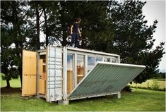 Port-a-Bach is an innovative mobile holiday home by Atelierworkshop Architects from New Zealand. The environmentally friendly recycled container comfortably sleeps…