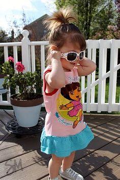 toddler t-shirt dress tutorial Shirt Dress Tutorials, Toddlers And Tiaras, Toddler Dress Patterns, Craft Items, Kids Crafts, Crochet Projects, Crocheting, Knit Crochet, Kids Outfits