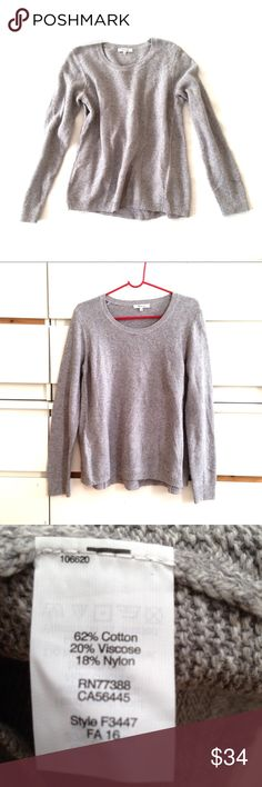 Madewell • riverside texture sweater Madewell sweater with tiny visible thread see last picture. It's almost not noticeable, otherwise exellent barely used condition. Feel free to ask any questions, thanks for visiting my closet! Madewell Sweaters Crew & Scoop Necks