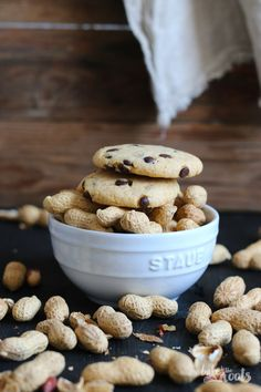 Erdnussbutter Chocolate Chip Cookies | Bake to the roots
