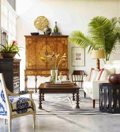 Eye For Design: Tropical British Colonial Interiors This room is inspired by Ralph Lauren and is just plain beautiful. Description from pinterest.com. I searched for this on bing.com/images