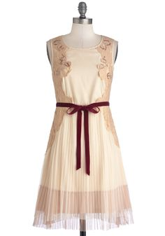 Front Row Sweet Dress. If you land a sweet seat for opening night on Broadway, best show up in your finest! #cream #modcloth