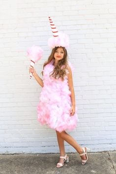 DIY Cotton Candy Costume for Teen Girlscountryliving Cotton Candy Halloween Costume, Halloween Costumes For Teens Girls, Homemade Halloween Costumes, Disney Halloween, Diy Costumes, Halloween Kids, Costume Ideas, Cotton Candy Costumes, Group Halloween