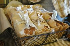 Coffee Filter Wrapped Mini Pumpkin Loaves - great for gifts or individual servings with after-dinner coffee at Thanksgiving #holidayentertaining
