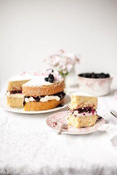 Victoria Sponge Cake with Blackberry Compote - Vikalinka