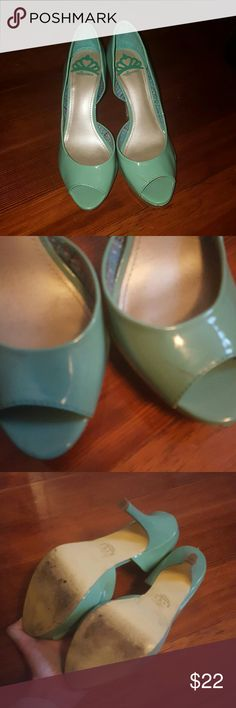 Tiffany Blue Heels Gorgeous color, probably 3 or 4 inches. I never wear heels anymore Fergalicious Shoes Heels
