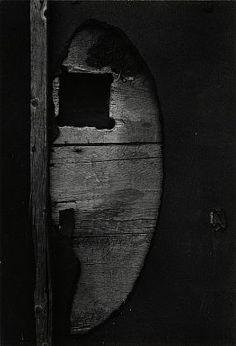 Aaron SISKIND - 'Gloucester, Massachusetts' - Gitterman Gallery