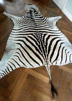 New in stock very beautiful zebra skin.  De Jachtkamer