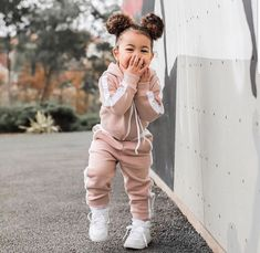Best Picture For baby girl fashion beach For Your Taste You are looking for something, and it is goi So Cute Baby, Cute Black Babies, Black Baby Girls, Stylish Baby Girls, Cute Little Girls Outfits, Kids Outfits Girls, Toddler Girl Outfits, Toddler Girls, Toddler Toys