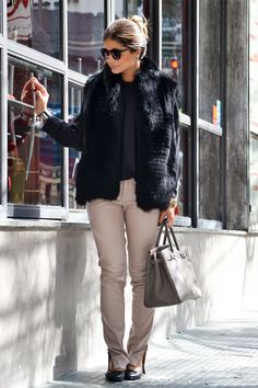 Have this sweater Michel kors in gray <3