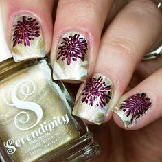 I stamped over my prior watermarble to make it look more festive for New Years. Stamping image is from @bornprettystore gifted to me by @nailsbykball 😙 I used @justricarda Black and @superchiclacquer Trap Queen (which you can shop for through the link in my profile). 💖💖💖 #serendipitypolish #bornprettystore #superchiclacquer #stampingnailart #nailstamp #nailstampingnailart #notd #craftyfingers #nails2inspire #happynewyear #fabulouslytrendy #trendynails #nailsoftheday #nailart…