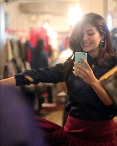 Jacqueline making a mirror selfie Cute Celebrities, Indian Celebrities, Bollywood Celebrities, Celebs, Beautiful Bollywood Actress, Beautiful Actresses, Beautiful Film, Beautiful Birds, Jacqueline Fernandez