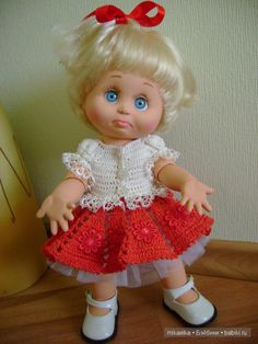 Здравствуйте, дорогие любители кукол! Несколько дней назад опубликовала первый топик, где показала свои наряды на вихтелей. Получив массу теплых отзывов,