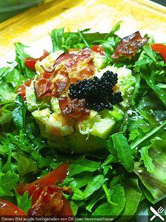 Thunfischsteak mit Avocadosalat