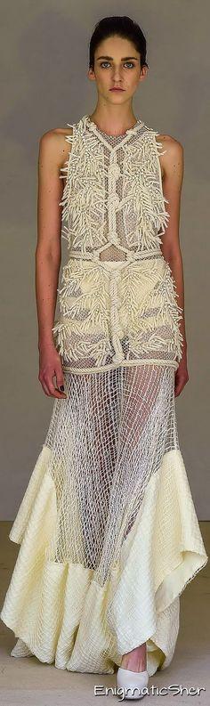 PAULA RAIA Summer 2016 Ready-to-Wear