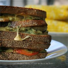 GRILLED SWEET ONION PANINI WITH GARLIC WHITE BEAN SPREAD 8 slices ...