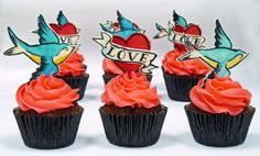 """Tattoo Cupcakes! @Diane Youngpeter ... I know the birds aren't exactly like yours but I seen this and automatically thought of your """"Catch me if you can"""" tattoo"""