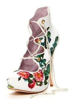 Victorian floral lace up pumps