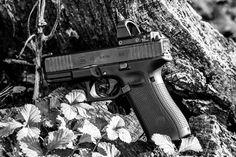 Glock 45 MOS Review - Gunners Den 9mm Pistol, Shooting Guns, Concealed Carry, Self Defense, Hand Guns, Den, Pistols, Conceal Carry, Revolver