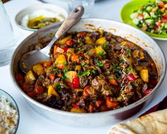 Turkisk gryta tillagad i ugn Love Food, A Food, Food And Drink, Meat Recipes, Dinner Recipes, Cooking Recipes, What's Cooking, Crock Pot Slow Cooker, Slow Cooker Recipes