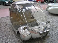 """""""Bubble cars"""" refers to vehicles in the shape of a sphere.European two-seater with futuristic stylings, like most bubble cars. Even has a nice coat of metallic silver paint. Strange Cars, Weird Cars, E Biker, Microcar, Transporter, Unique Cars, Cute Cars, Small Cars, Car Humor"""