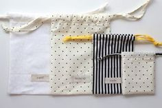 This is a fantastic tutorial and pattern for making drawstring bags! This was a great way to make my advent calendar bags. advent - has pattern! Drawstring Bag Tutorial
