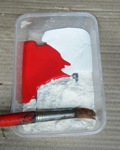 let the children play: flour paint
