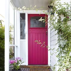 pink front door! Don't know what my husband would say, but it would make me happy to come home to everyday!
