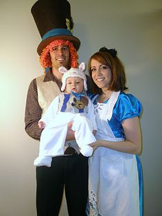 Alice in wonderland Family halloween Costumes!
