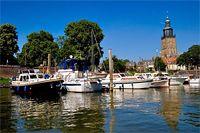 Zutphen (Gelderland ), Nederland. Deze plaats telt 5 havens » Jachthaven Gelre Hanze Haven, Houthaven, Industriehaven, IJsselkade en jachthaven 'de Mars'.