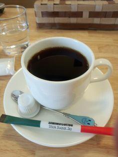 食後は黒豆コーヒーいただいています。