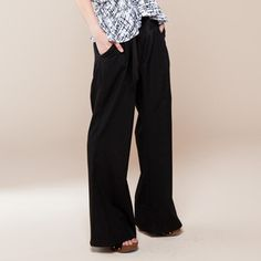 Arabesque Pants Black $64 - now featured on Fab.