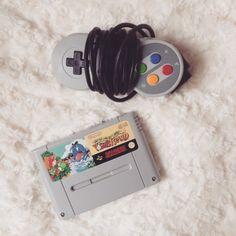 Interesting one by unejoliegeek #supernintendo #microhobbit (o) http://ift.tt/1YgMbdi Island sur Super Nintendo.  #pligfr #upef  #snes #nintendo #yoshi #instacute #instaday #instagame #instagood #instagram #retro #retrogaming #game #gamer #games #gamergirl #geek #geekette #gameuse #collector #collection #cute #love #instalike #instashop #instaphoto