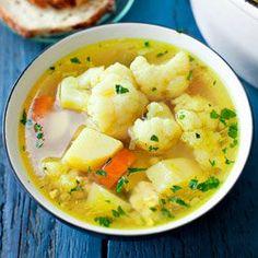 Zupa kalafiorowa z ziemniakami i mieloną piersią kurczaka | Kwestia Smaku