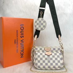 Louis Vuitton Multi Pochette Accessoires Genuine and digital leather bag It consists of three parts, two bags and one wallet. Khaki green and pink hangers are available. Large bag size cm The size of the small bag is cm. Chanel Brand, Big Purses, Replica Handbags, Shopper Bag, Paris, Louis Vuitton Damier, Leather Bag, Crossbody Bag, Styling Tips
