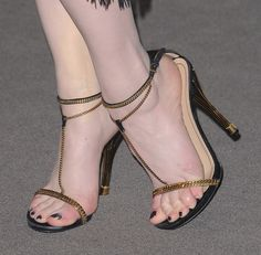 Evan Rachel Wood She starred in the TV Series American Gothic Sexy Sandals, Bare Foot Sandals, Strappy Heels, Ankle Strap Sandals, Stiletto Heels, Heeled Sandals, Brian Atwood Shoes, Evan Rachel Wood, Foot Toe