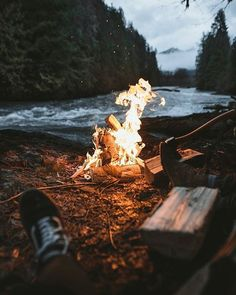 Nights like these besides a fire and the sound of water  perfect place? What do you say? @outdoorsurvivalgear . : @jacobingle #outdoorsurvivalgear