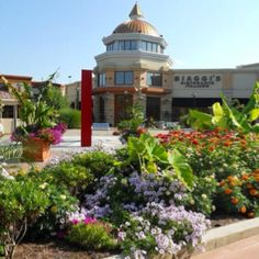 Eastview Mall-closest high end shopping center to Rochester NY