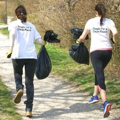 Plogging is a cool new fitness trend. Check it out! #fitness #news