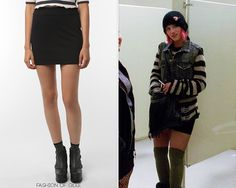 Urban Outfitters Silence and Noise Zipper Mini Skirt - $38.00 Worn with:Urban Outfitters hat,Urban Outfitters pullover Also worn in:3x01 'The Purple Piano Project' withTopshop sunglasses,Urban Outfitters tank top, Target boots