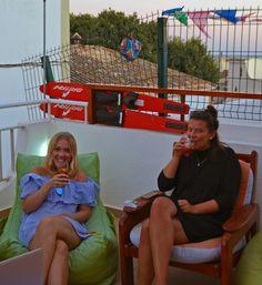 That's how we like to see you; having fun!  É assim que gostamos de ver-vos; a divertirem-se!