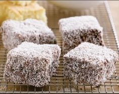 Lamingtons: been looking for the perfect chocolate lamington recipe and this is pretty close but I would use the long threaded coconut slightly toasted to cover-but thats just because I like it. No Cook Desserts, Just Desserts, Delicious Desserts, Yummy Food, Candy Recipes, Sweet Recipes, Baking Recipes, Dessert Recipes, Cookie Recipes