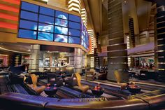 www.vegas-venues.com - Planet Hollywood Las Vegas Heart Bar