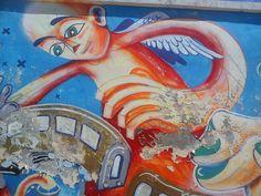 Superblogul lui Mihnea: Graffiti albastru ca cerul