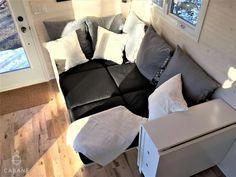 Sofa Sleeper - Cabane Tiny Cabin