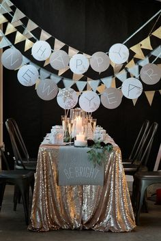 Popular New Years Eve Party Table Decoration Ideas. If you are looking for New Years Eve Party Table Decoration Ideas, You come to the right place. New Years Wedding, New Years Eve Weddings, New Years Party, New Years Eve Dinner, Deco Nouvel An, Silvester Diy, New Years Eve Decorations, Wedding Decorations, Wedding Themes