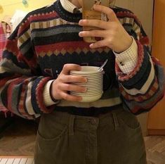 Retro Outfits, Cool Outfits, Look Cool, Sweater Weather, Swagg, Aesthetic Clothes, I Dress, Style Me, Men Sweater