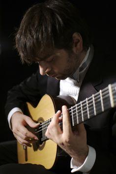 Jose Antonio Escobar - Classical Guitarist